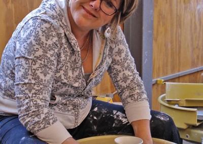 P10-Ceramics-student